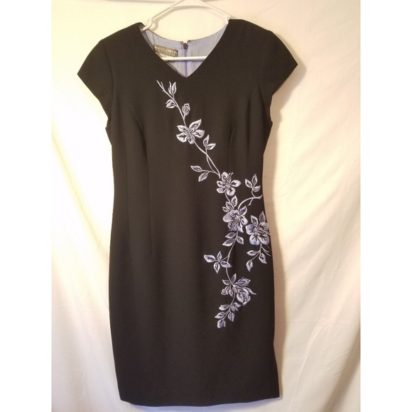 Maggy London Dresses & Skirts - Maggy london dress size 10P